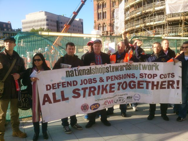 NSSN supporters join striking ISS workers on the picket line outside Kings Cross.