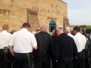 POA members hold meeting outside HMP Leeds