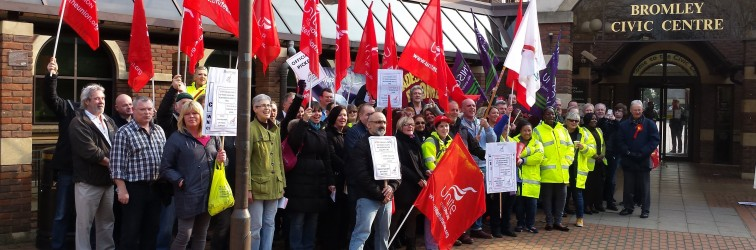 Massive turnout of strikers