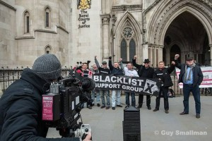 BSG outside High Court - filmed by German TV (photo Guy Smallman (NUJ) guy.smallman@btopenworld.com)