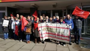 NSSN supporting Unite Bromley library strike April 2018
