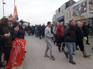 Cammell Laird workers walk out