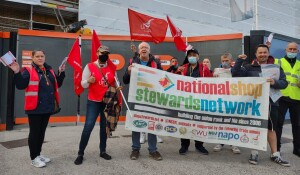 NSSN supporting striking Royal London workers